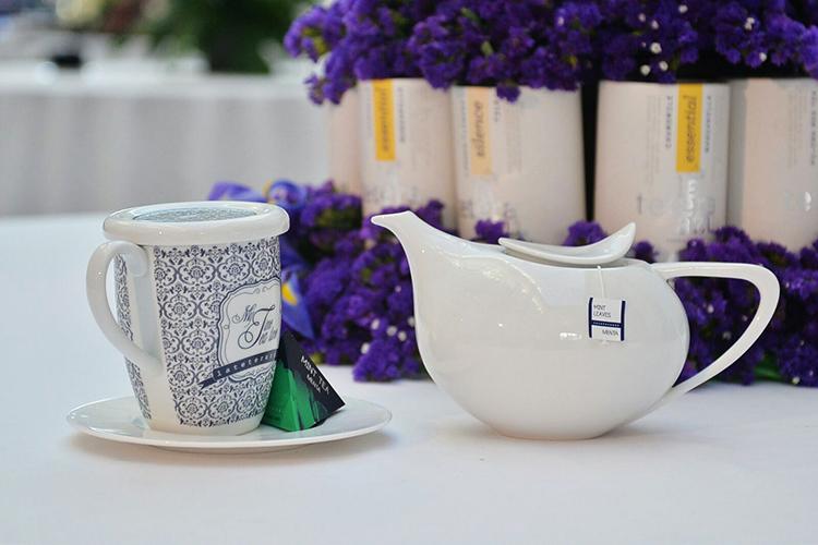 Tetera y taza de la La Tetera Azul