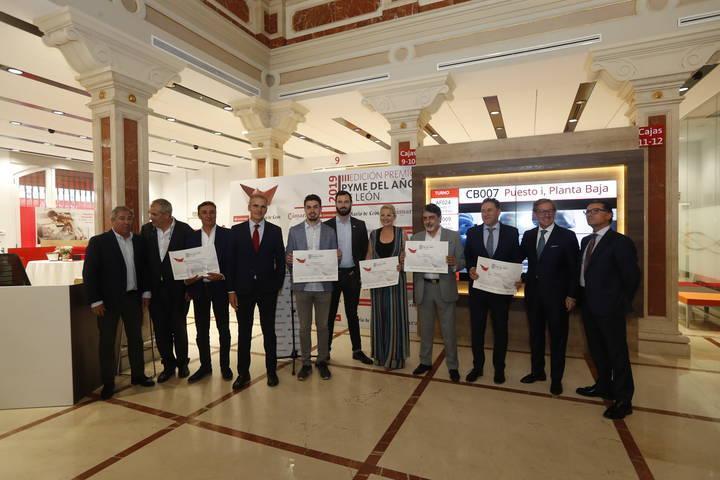 Foto grupo Premios PYME del año 2019